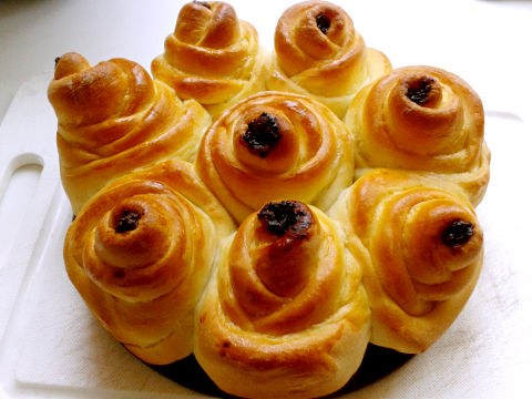 玫瑰面包和果酱排包